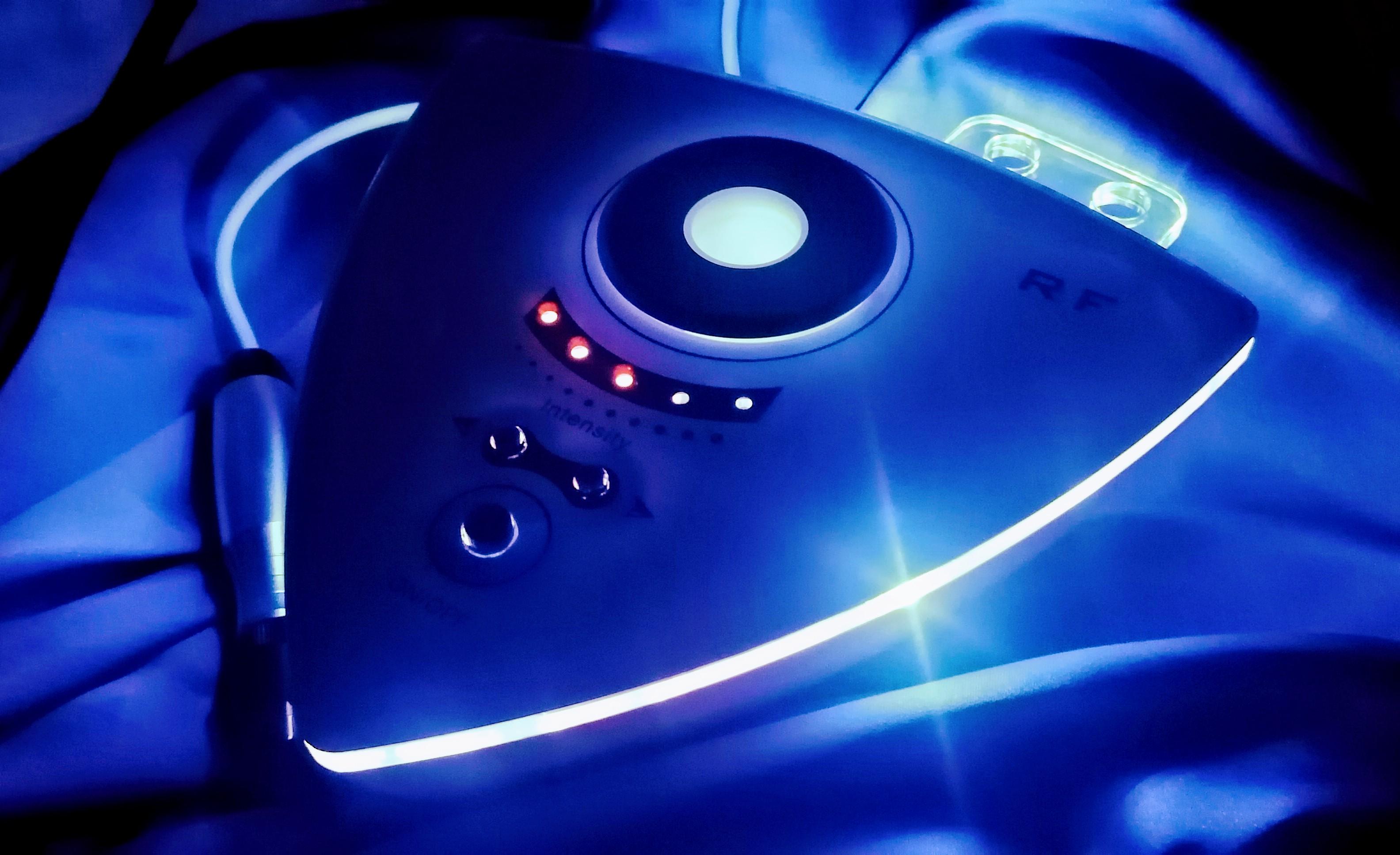 Radiofrekvenční přístroj